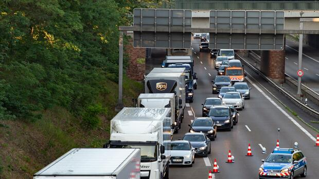 Autobahngesellschaft will Zahl der Staus verringern