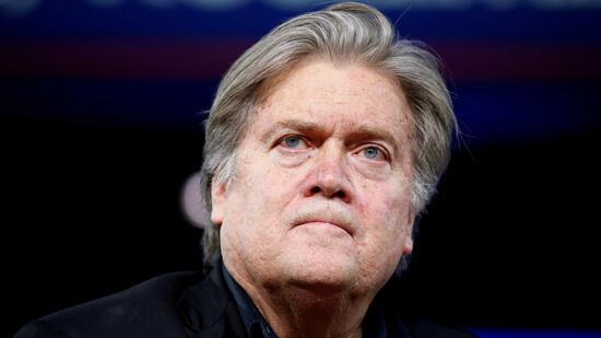 Kritik an Mitarbeitern und Bischöfen: Trumps Ex-Stratege Bannon zieht ins Feld