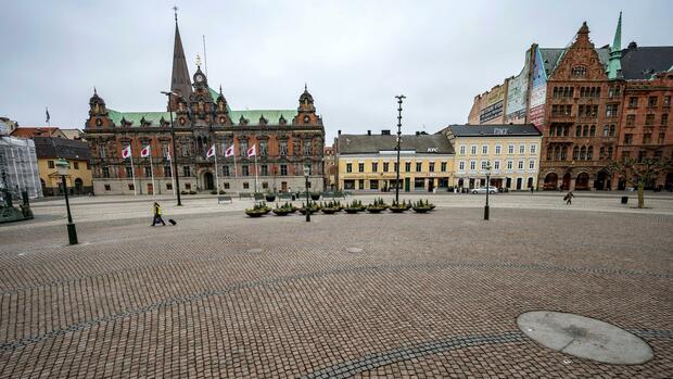 Coronakrise: Schwedens Sonderweg im Kampf gegen das Coronavirus: Ermahnungen statt Verbote