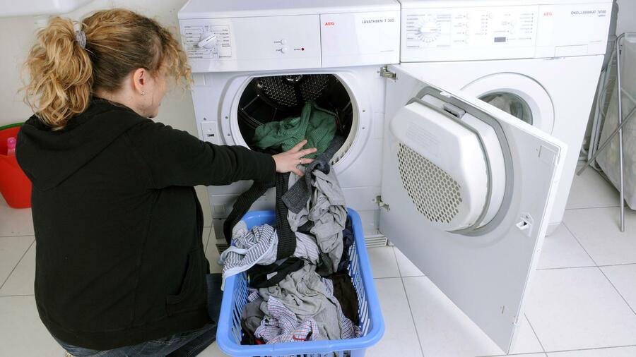 Aeg Kühlschrank Läuft Ständig : Elektrolux und aeg wenig lust auf weiße ware