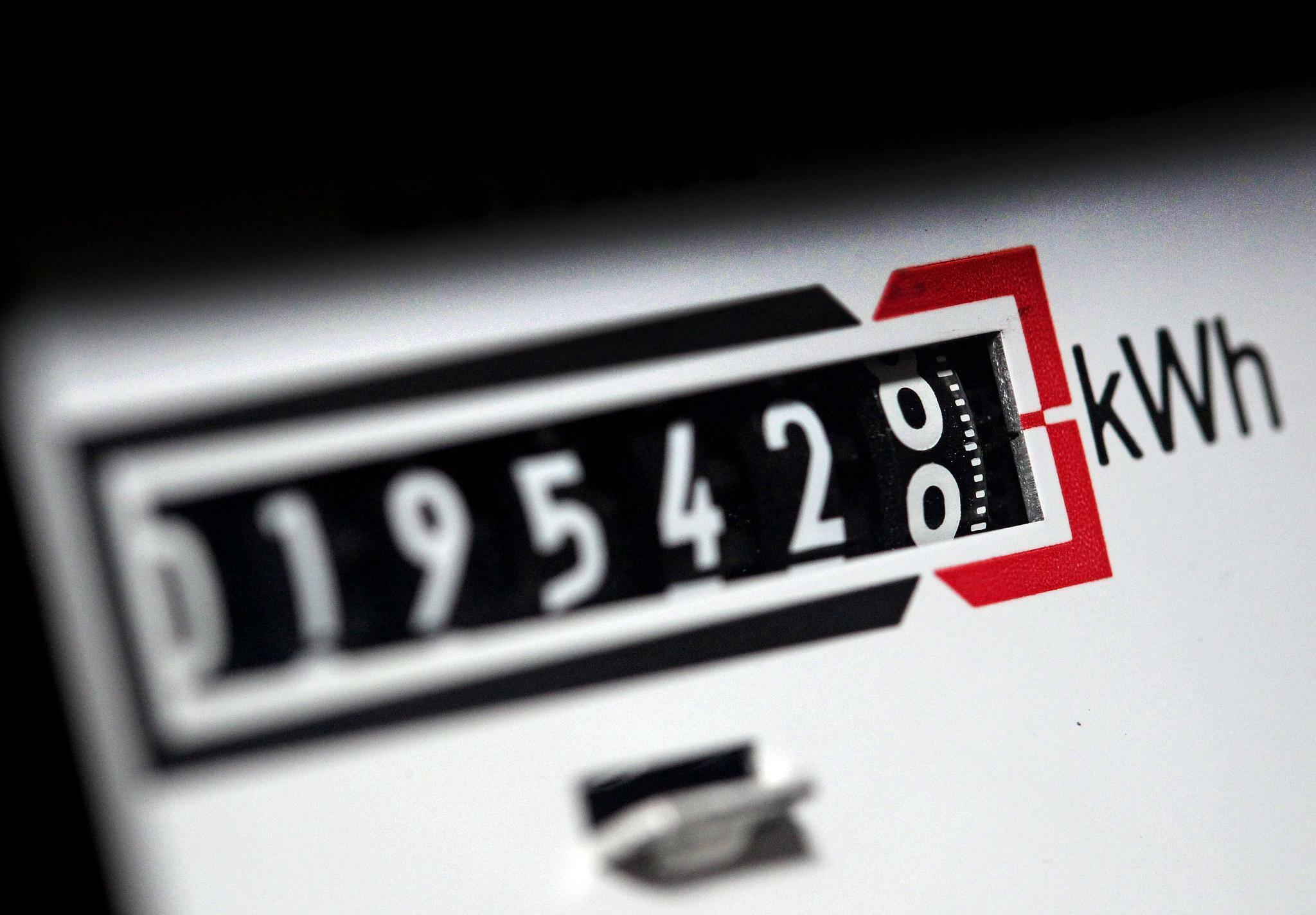 Strom wird teurer: Verbraucherschützer warnen vor falschem Signal