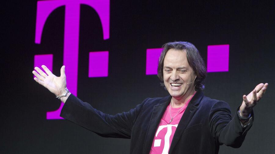 Setzt auf aggressives Marketing: T-Mobile-US-Chef John Legere. Quelle: Reuters