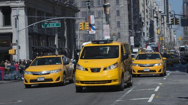als taxifahrer in new york unterwegs k nig von manhattan. Black Bedroom Furniture Sets. Home Design Ideas