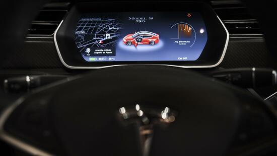 Tesla-Armaturenbrett