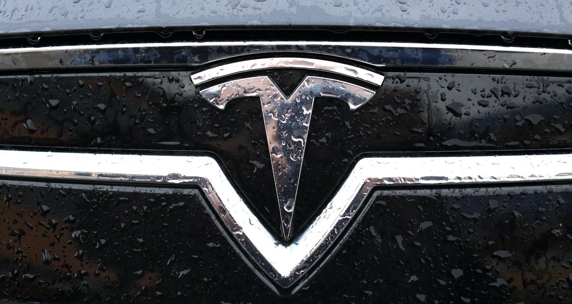 """Tesla unter Druck: Weitere """"Autopilot""""-Unfälle bestätigt"""