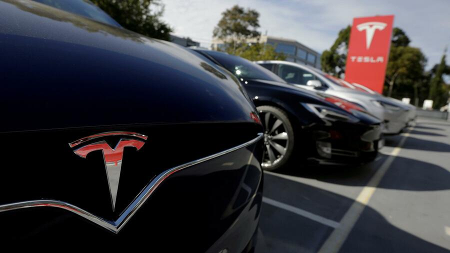 US-Behörde untersucht neuen tödlichen Unfall mit Tesla-Fahrzeug