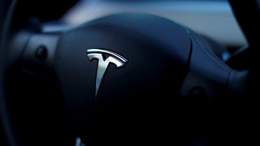 Elon Musk: Tesla streicht neun Prozent seiner Stellen
