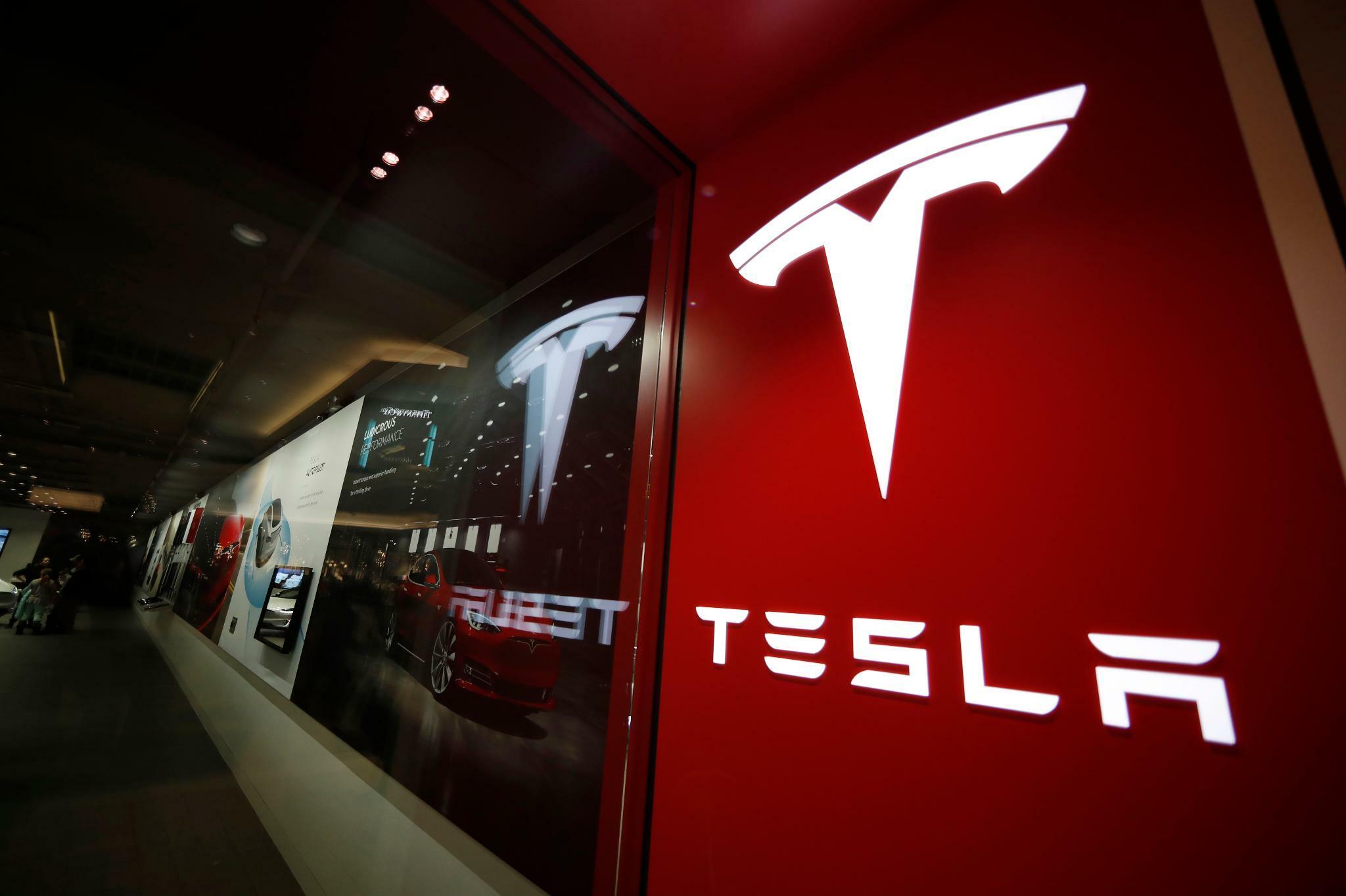 Tesla überrascht mit Quartalsgewinn – Anleger begeistert