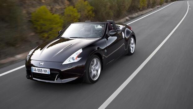 nissan 370z roadster cooles cabrio zum hei en preis. Black Bedroom Furniture Sets. Home Design Ideas