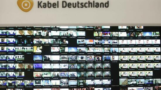 neues angebot best tigt bernahmeschlacht um kabel deutschland beginnt. Black Bedroom Furniture Sets. Home Design Ideas