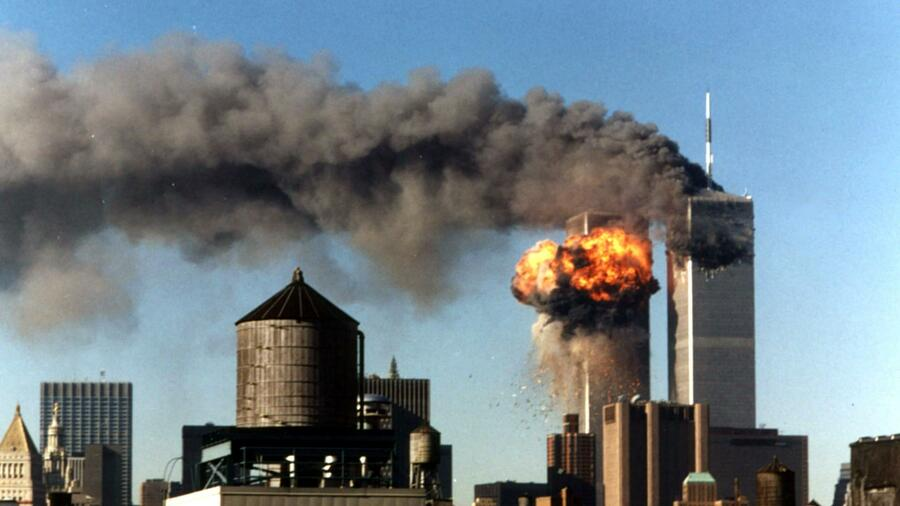 Das brennende World Trade Center in New York am 11. September 2001. Quelle: Reuters