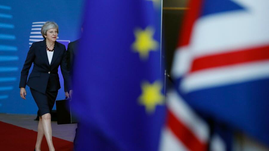 Brexit: EU lehnt May-Pläne ab, vier Minister vor Rückzug
