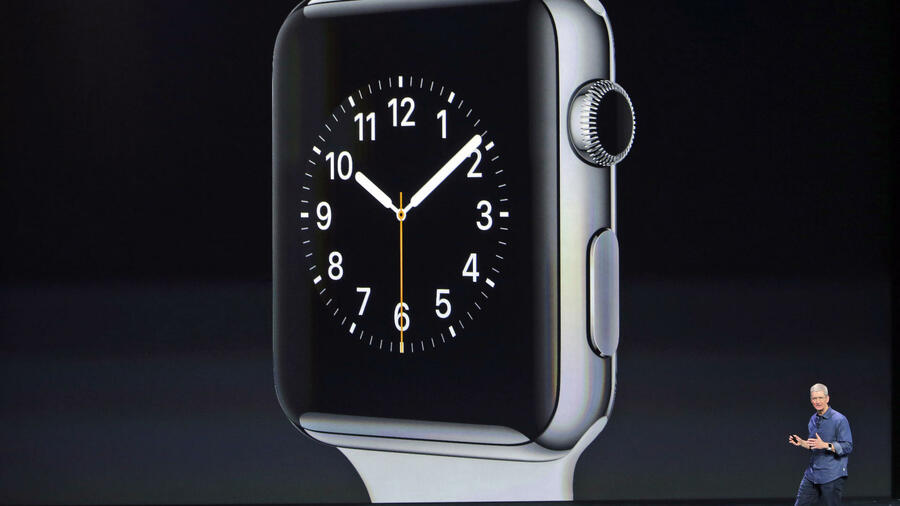 """One more thing"": Apple-CEO Tim Cook stellt die  Apple Watch vor. Quelle: ap"