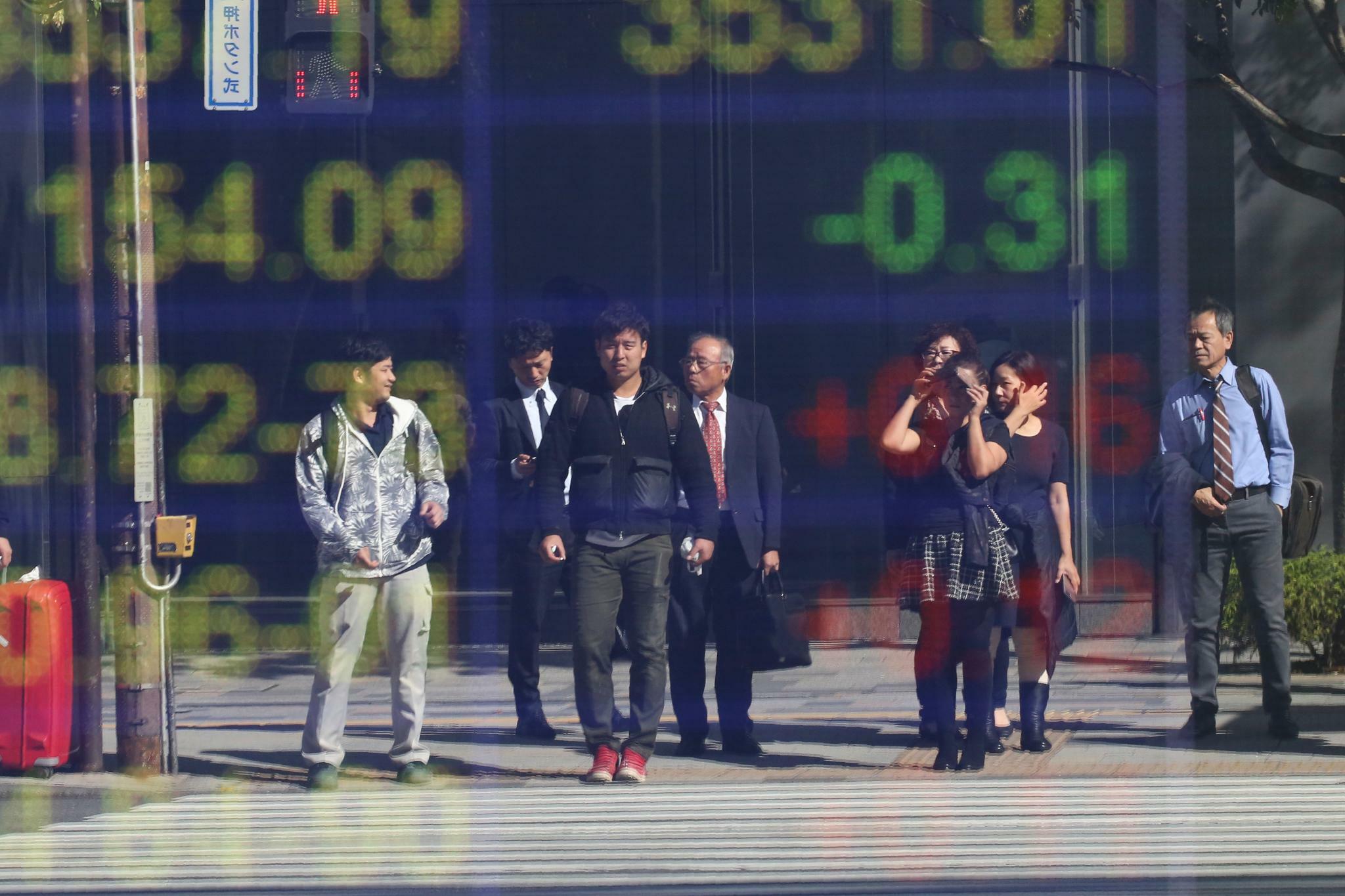 Schwache Konjukturdaten aus China lassen asiatische Börsen fallen
