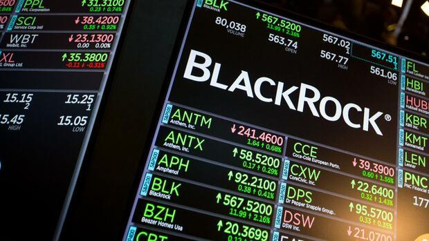 Der Forex-Markt stellt den größten und liquidesten Finanzmarkt der Welt dar. Wo also früher das Handeln nur mit Großanlegern möglich war, haben inzwischen auch die Privatpersonen die Möglichkeit an diesem Markt zu handeln.