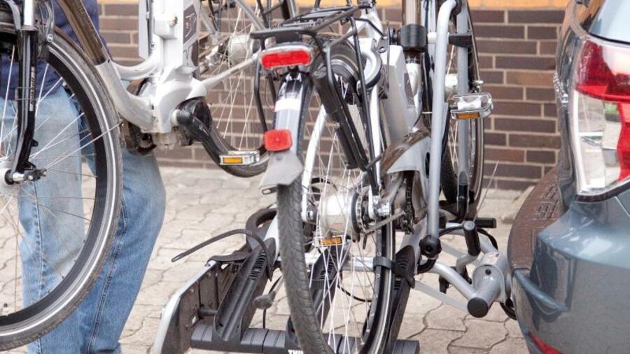 7ad63a795861db Haben Fahrradträger für E-Bikes einen besonders festen Sitz auf der  Anhängerkupplung