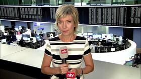 """Dax aktuell: """"Trump lässt die Märkte kalt"""" – Dax macht wieder Punkte gut"""