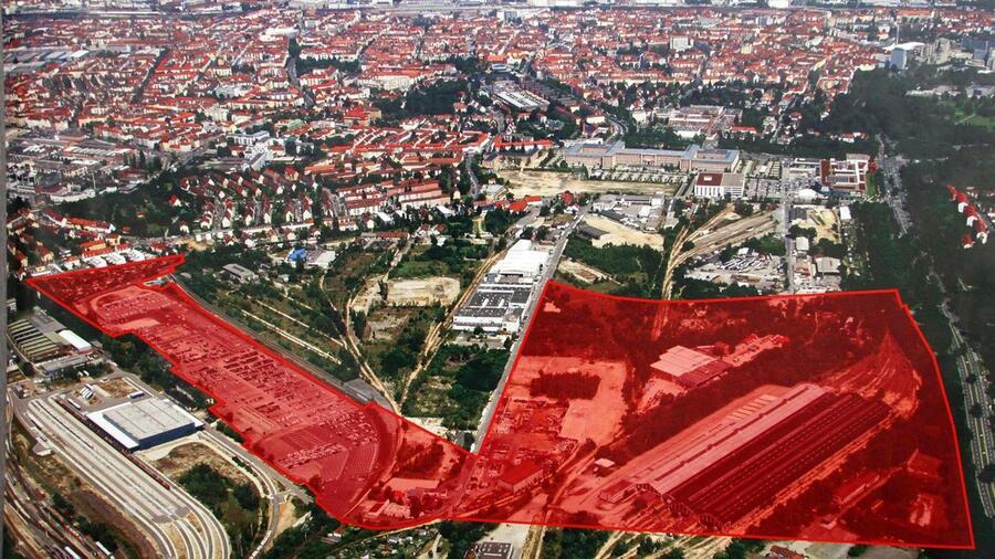 Auf dem Areal (rote Fläche ) an der Brunecker Straße soll der Neue Uni Campus in Nürnberg entstehen. Quelle: Udo Dreier