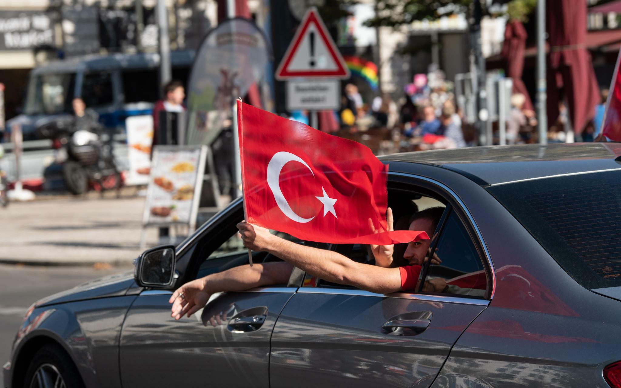 Türkei will im Dezember türkisches Elektroauto vorstellen