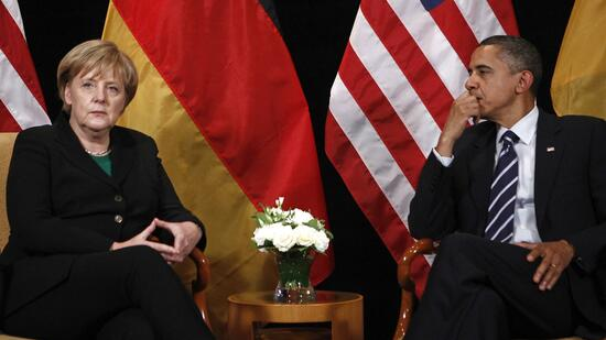 huGO-BildID: 20007331 U.S. President Barack Obama meets with Germany's Chancellor Angela Merkel as part of the G20 Summit in Seoul, November11, 2010. REUTERS/Jim Young (SOUTH KOREA - Tags: POLITICS) Quelle: Reuters