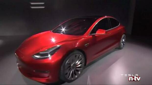 B rsenhype um e auto bauer berholt deswegen ist tesla for Tesla motors careers login