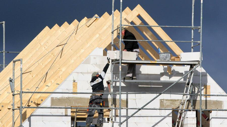 Hausbau: Drei von vier Bauherren verrechnen sich
