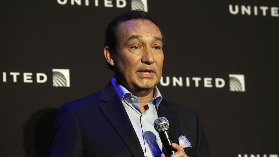 Oscar Munoz, CEO der US-Fluggesellschaft United Airlines Quelle: AP