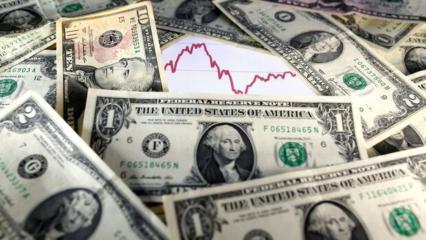 Devisen: Die unheimliche Stärke des Dollar