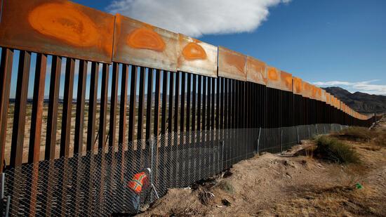 9,10 Meter hoch: US-Mauerpläne nehmen Form an