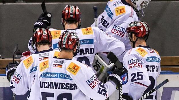 Eishockey: Rückschlag für Tabellenführer Berlin - Mannheim gewinnt