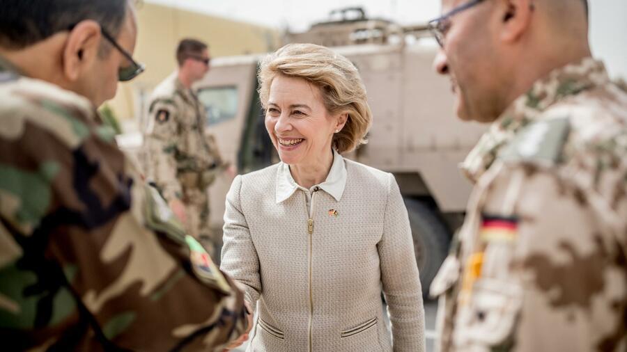 Verteidigungsminister Von Der Leyen