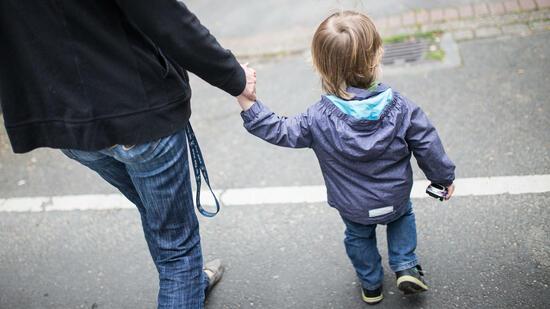 Kinderarmut in Deutschland nimmt zu - vor allem Flüchtlingskinder betroffen
