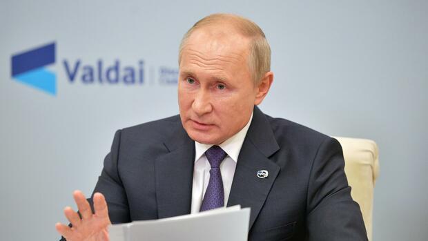 Rüstungspolitik: Quasi-Verlängerung des INF-Vertrags: Putin will keine Raketen in Europa – unter einer Bedingung