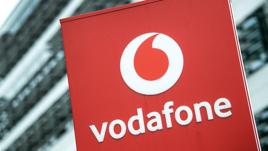 Sim Karte Aktivieren Vodafone.Unu Kundigt Vernetzten E Roller Mit Sim Karte Von Vodafone An