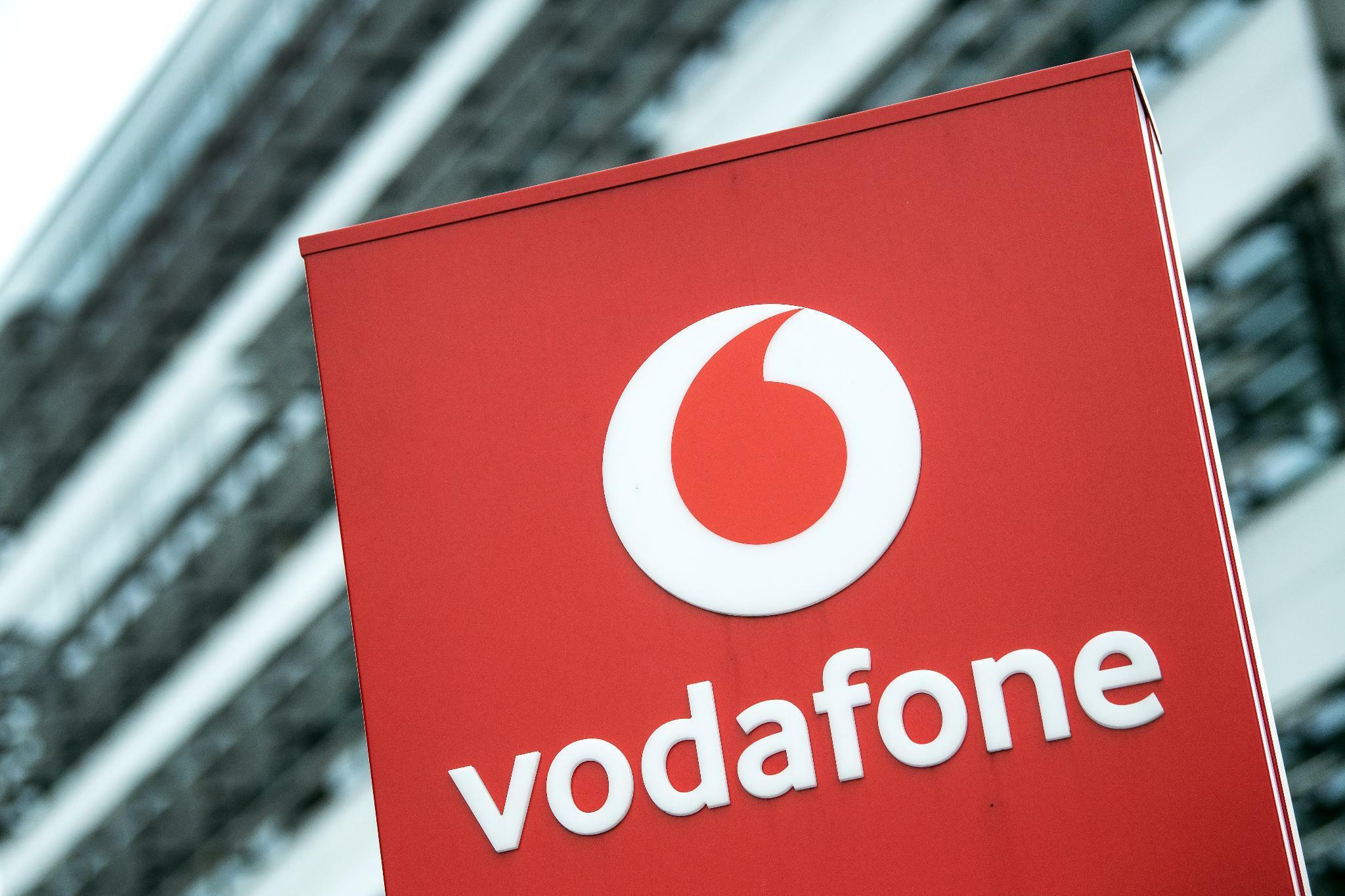 Unu kündigt vernetzten E-Roller mit Sim-Karte von Vodafone an