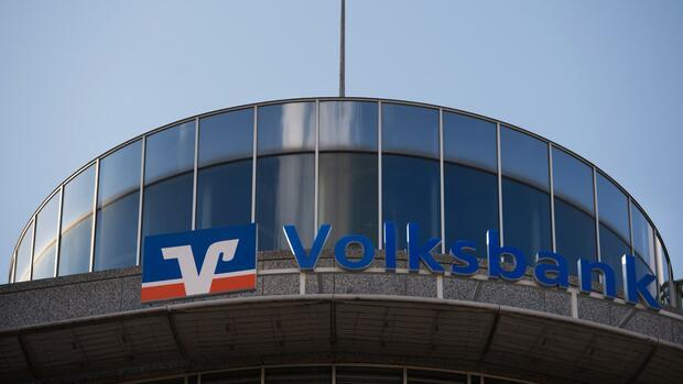 Volks- und Raiffeisenbanken: Genossenschaftsverband: Immer mehr Geldhäuser werden Negativzinsen weitergeben