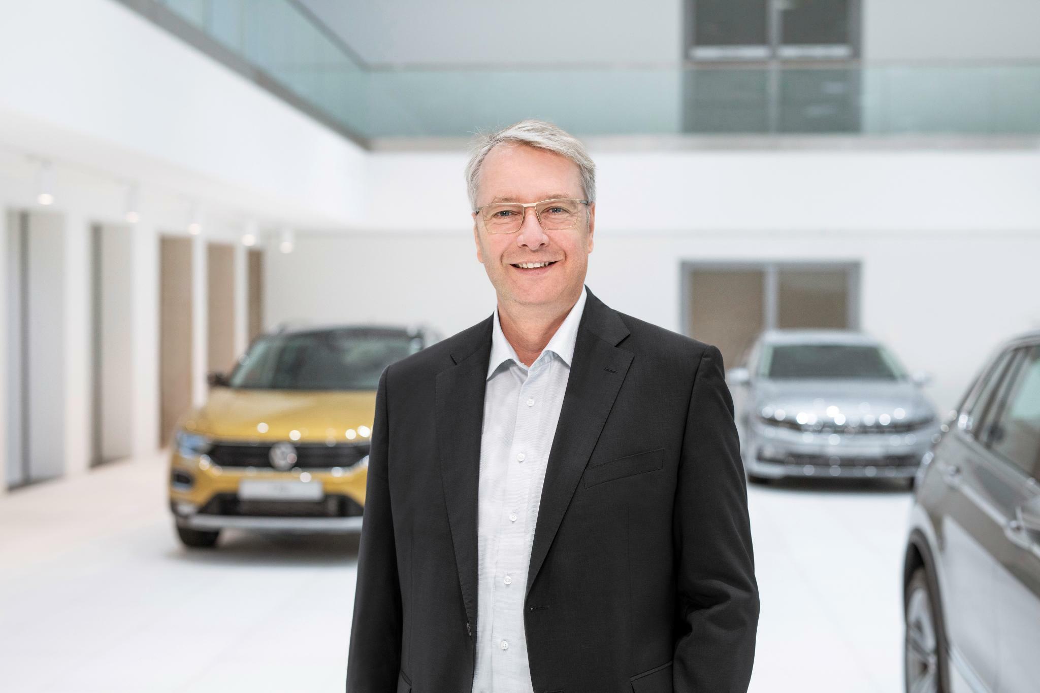 """VW-Einkaufsvorstand im Interview: """"Wir sprechen über Billionen"""""""