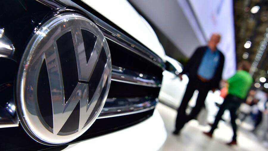 Wegen Abgastests an Affen: VW beurlaubt Cheflobbyist Steg