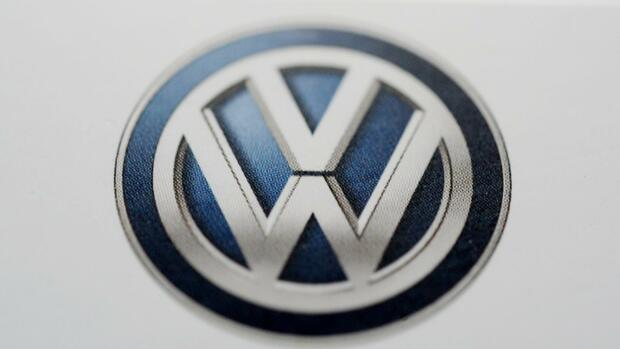 vw volkswagen will mit neuem logo die dieselaff re. Black Bedroom Furniture Sets. Home Design Ideas