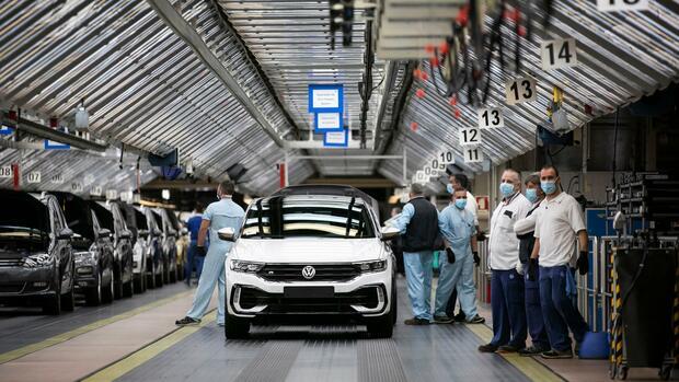 Kommentar: Nicht nur die Autoindustrie braucht Hilfe