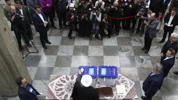 Politik: Konservative und Hardliner gewinnen Parlamentswahl im Iran