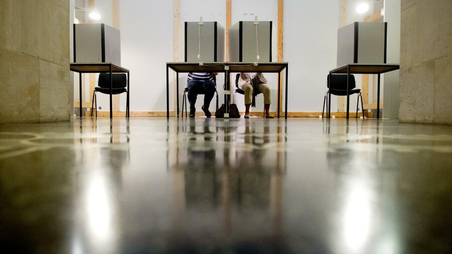 Die Grünen wollen das Wahlalter bei Bundes- und Europawahlen auf 16 Jahre senken. Quelle: dpa