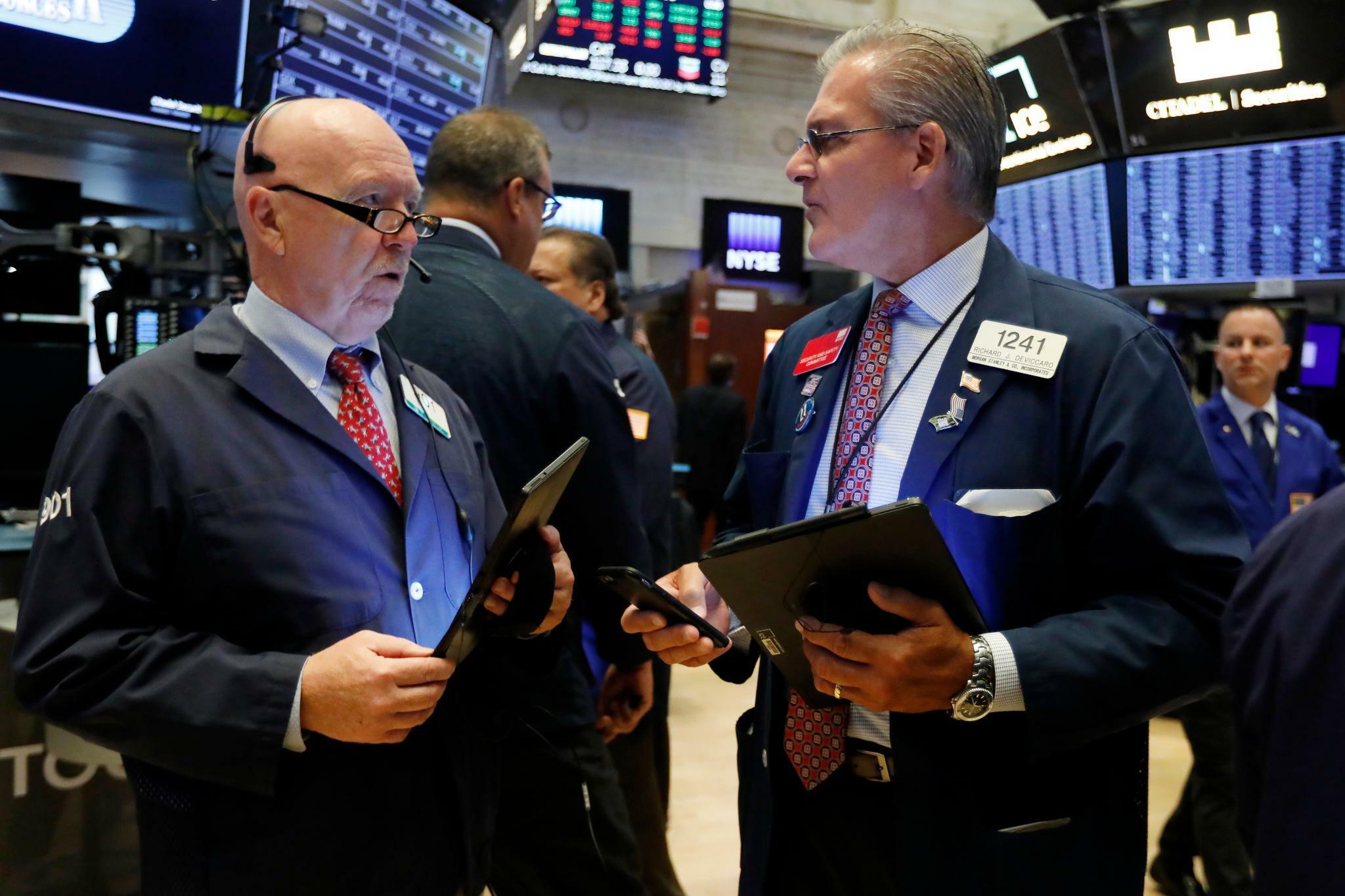 New Yorker Börsen vor US-Zinsentscheidung leicht im Minus