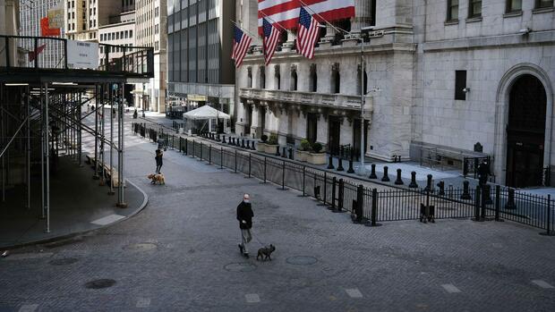 Dow Jones, Nasdaq, S&P 500: Schwache Arbeitsmarktdaten ziehen die Wall Street ins Minus