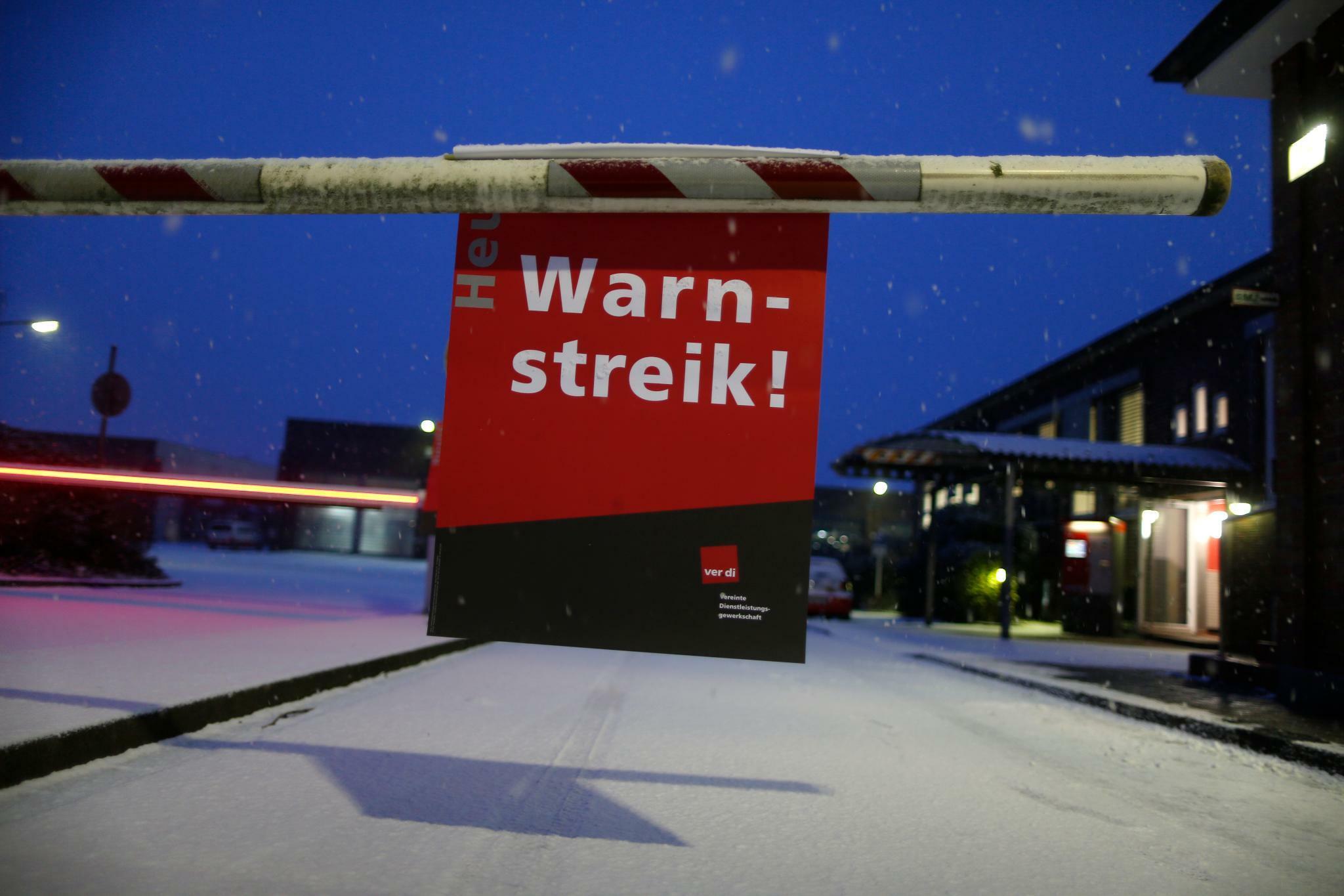 Streik 2018 Verdi Streikt Und Kündigt Weitere Warnstreiks An