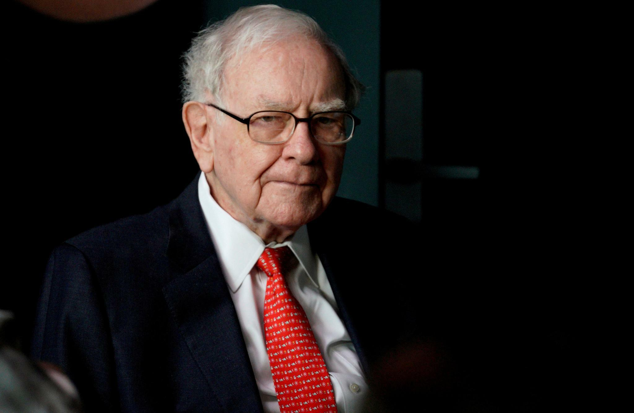 Buffett Wells Fargo Soll Ausserhalb Wall Street Nach Neuem Chef Suchen
