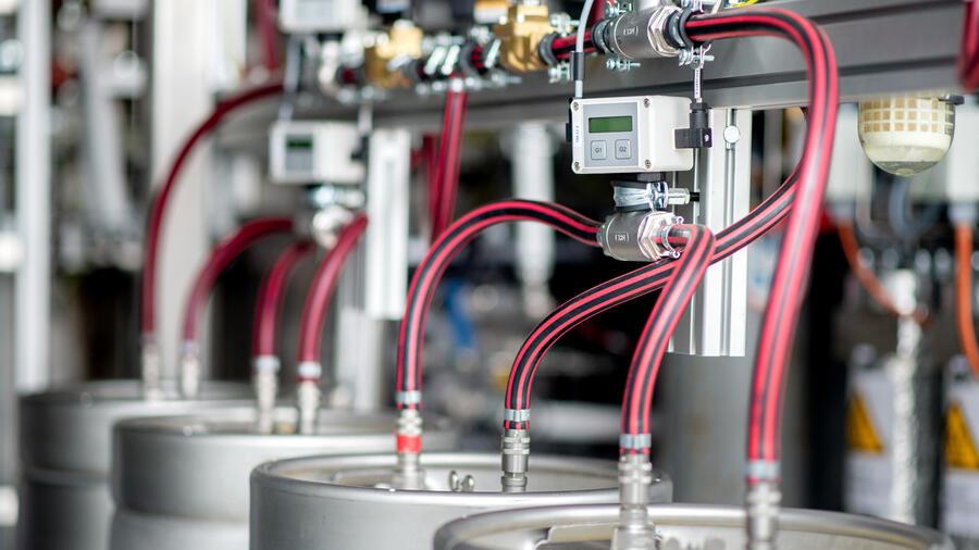 Handelblatt: Preisgünstiger Strom für grünen Wasserstoff wird nun Realität.