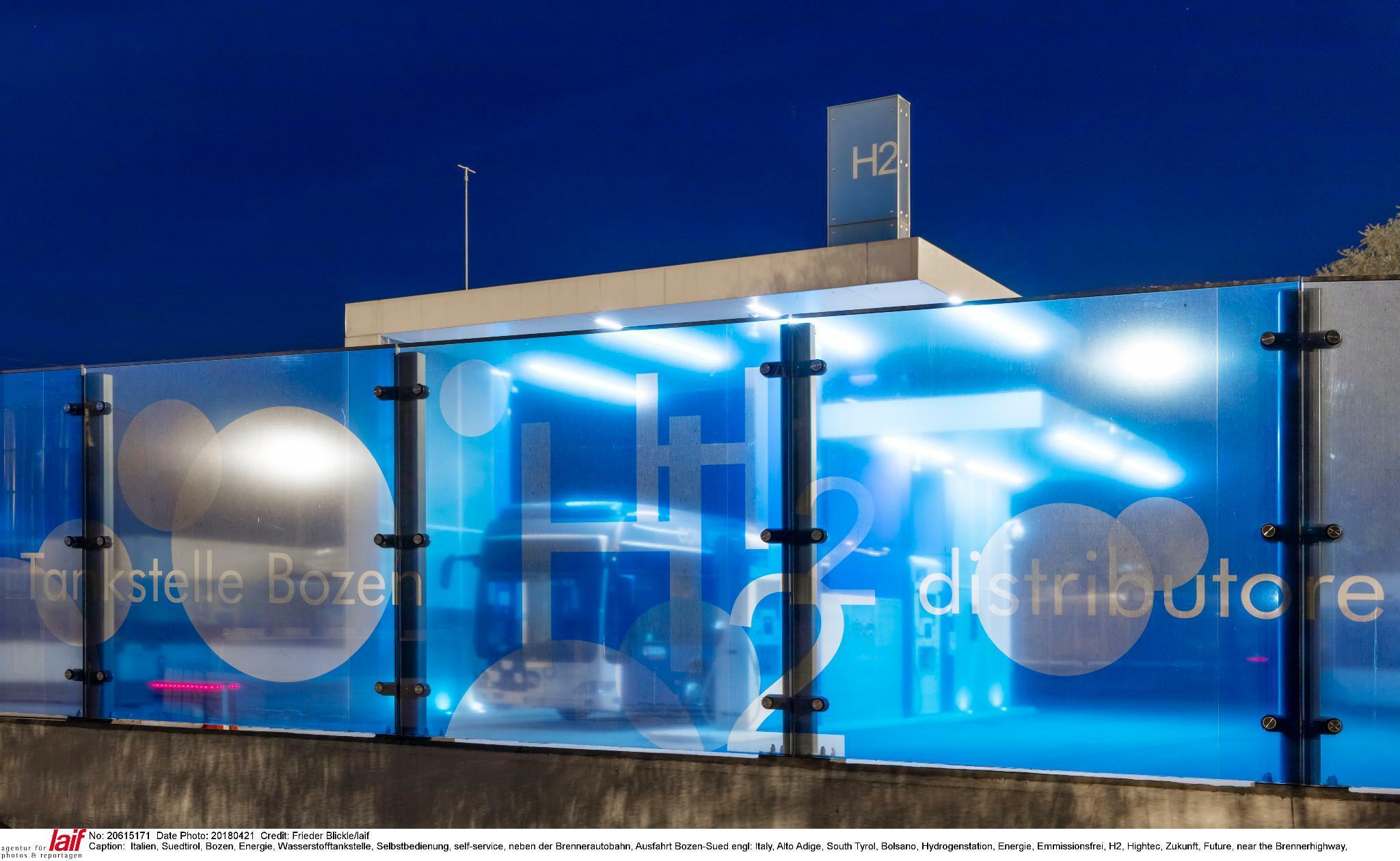 Wie Anleger vom Trend zu mehr grünem Wasserstoff und Brennstoffzellen profitieren können