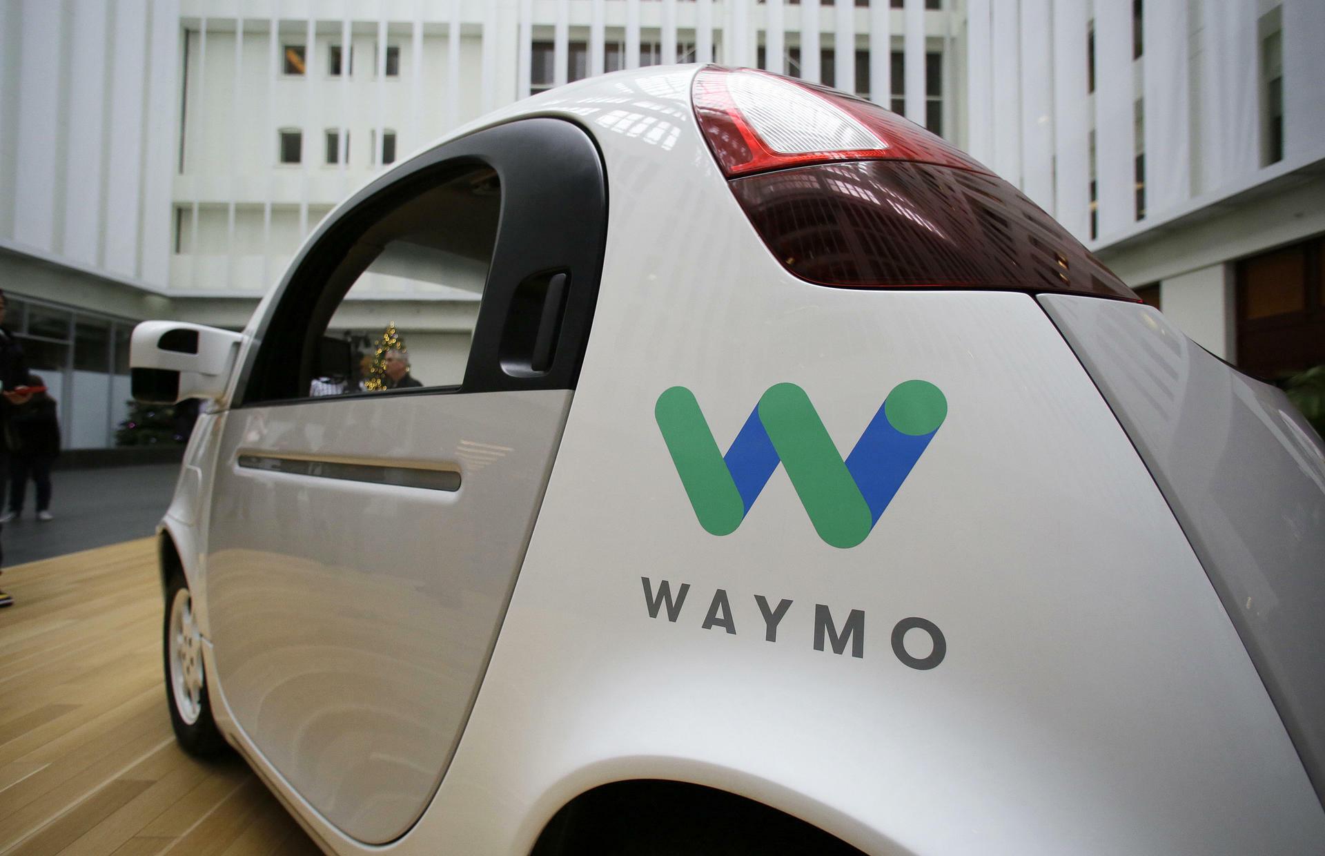 Autonomes Fahren: Google holt Zweisitzer von der Straße
