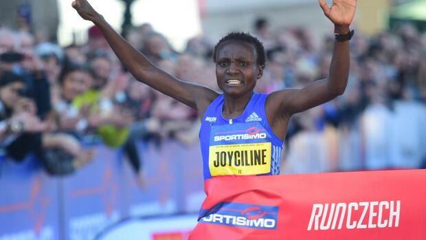 Leichtathletik: Jepkosgei stellt Halbmarathon-Weltrekord in Valencia auf